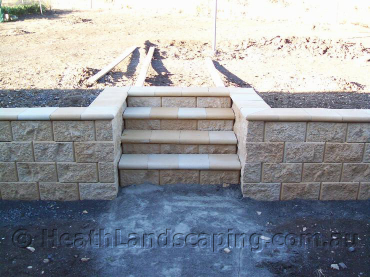 Low Retaining Wall With Stairs